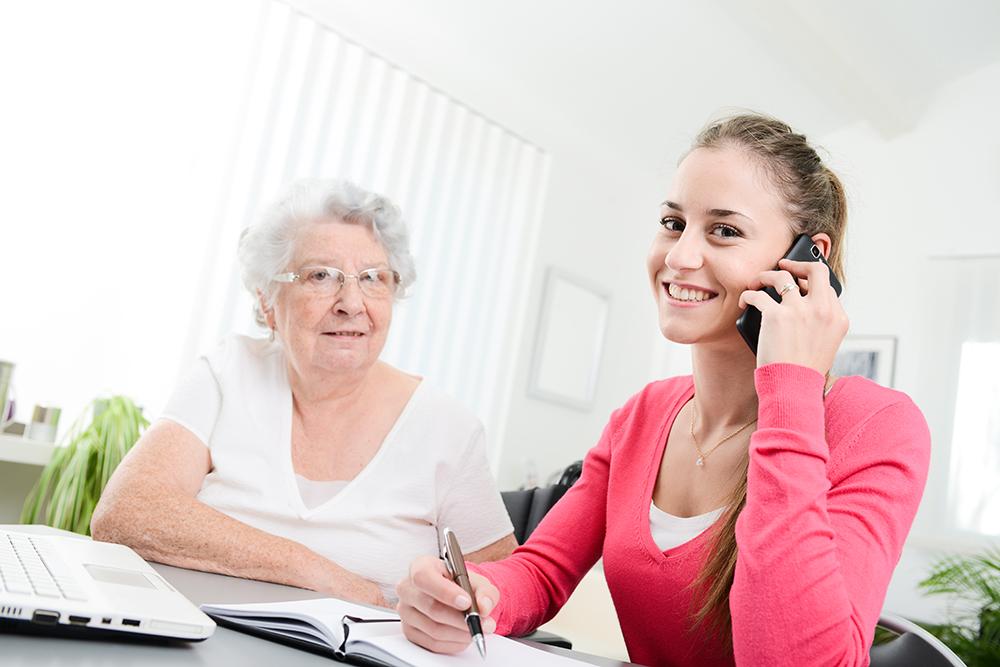 Personne âgée coordination domicile assistante de vie